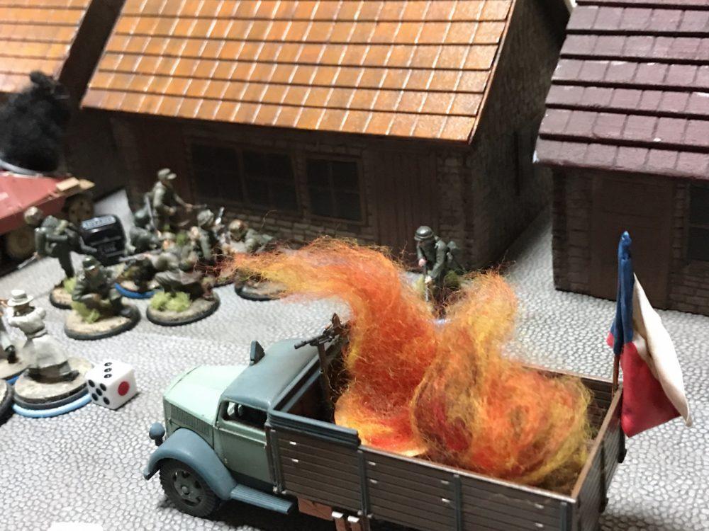 トラック大破